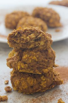 Low fat thick and fluffy Oatmeal Pumpkin Breakfast Cookies that can be made in a hurry
