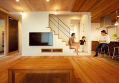 住まいnet新潟 vol.20 (P78〜)掲載施工例 Space Under Stairs, Stairs In Living Room, Interior Stairs, Little Houses, Interior Design Inspiration, Kitchen Design, New Homes, House Design, Home Decor