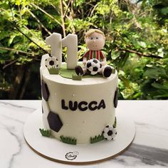Football Themed Cakes, Football Birthday Cake, Soccer Birthday Parties, Cake Decorating Designs, Cookie Decorating, Beautiful Cakes, Amazing Cakes, Soccer Ball Cake, Marvel Cake