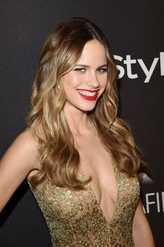 Halston Sage – InStyle And Warner Bros. Golden Globe Awards : Global Celebrtities (F) FunFunky.com