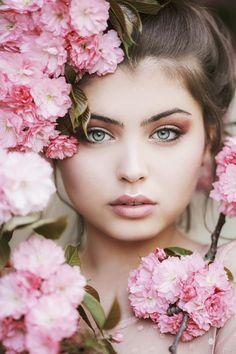 500px - Pink petal by Jovana Rikalo
