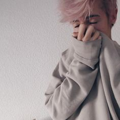 Pink haired boy. Pink hair, pastel hair, cute boys, androgynous