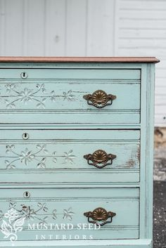 miss mustard seed | eulalie's sky makeover | watch miss mustard seed give another piece of antique furniture new life with Miss Mustard Seed's Milk Paint in Eulalie's Sky.