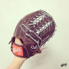 Build your custom glove at gloveworks.net and bring it home! #Baseball #CustomGlove #Customization #Softball
