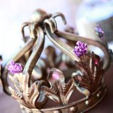 Buy this crown here: http://mypartyisover.com/viewlisting.php?view=199