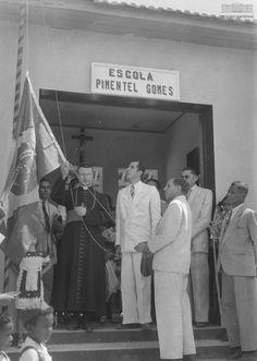 Escola Pimentel Gomes, Rio Branco (AC), 1940. Arquivo Nacional. Fundo Agência Nacional. BR_RJANRIO_EH_0_FOT_EVE_15723_0019