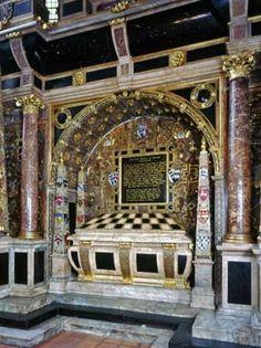 Tomb of Henry Carey, Baron Hunsdon. (The tallest monument in the Abbey at 36 feet high. Mary Boleyn, Anne Boleyn, Tudor Era, Cemetery Art, Queen Of England, Tudor History, British Monarchy, Westminster Abbey, Effigy