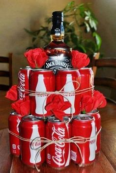 20 creative and funny DIY men gifts for Valentine& Day! - views - 20 creative and funny DIY men gifts for Valentine& Day! Creative Gifts For Boyfriend, Valentine Gifts For Husband, Diy Gifts For Men, Cute Valentines Day Gifts, Birthday Gift For Him, Boyfriend Gifts, Men Gifts, Homemade Valentines, Diy Birthday