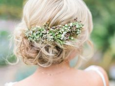 These summer wedding hairstyles are perfect for hairdo inspiration.