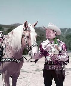 UNSEEN ROY ROGERS AND TRIGGER RIDING TIME  8x10 PHOTO Dale Evans, Ricky Nelson, Real Cowboys, Native American Photos, Roy Rogers, Lone Ranger, Hooray For Hollywood, Happy Trails, Western Movies