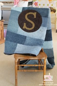 Piece N Quilt: Simply Denim {Whitnee made another one} #quilt #denim