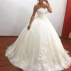 Aliexpress.com   Buy robe de mariage 2017 Ivory Organza Wedding Dresses  Ball Gown Appliqued Corset Bodice Vestidos De Novia Custom Made casamento  from ... 3297b06dcc5c