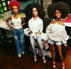 Girlfriends African American Beauty, African American Dolls, Beautiful Barbie Dolls, Pretty Dolls, Fashion Royalty Dolls, Fashion Dolls, Barbies Pics, Barbies Dolls, African Dolls