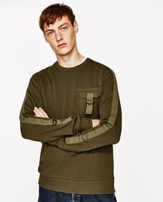 Discover the new ZARA collection online. Winter T Shirts, Mens Jumpers, Sweater Design, Mens Sweatshirts, Boy Fashion, Casual Shirts, Lounge Wear, Zara, Men Sweater