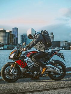 Aprilia Tuono V4 Like A Rock, Dream Machine, Cars And Motorcycles, Motorbikes, Photo Art, Super Cars, Vehicles, Mopeds, Bikers