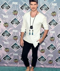 Joey Graceffa at the 2016 teen awards.