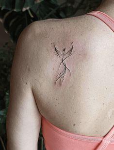 Simple Phoenix Tattoo, Phoenix Feather Tattoos, Tattoo Dragon And Phoenix, Phoenix Tattoo Feminine, Tribal Phoenix Tattoo, Small Phoenix Tattoos, Phoenix Tattoo Design, Rising Phoenix Tattoo, Phoenix Bird