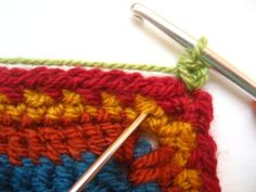 Crocheting blanket edgings is one of my most favourite things, I love the challenge of choosing exactly the right colours and designing exactly the right sort of finish to complete the blanket. This edging was designed specifically for the Cosy. Crochet Blanket Border, Crochet Blanket Patterns, Crochet Blankets, Baby Blankets, Scrap Yarn Crochet, Knit Crochet, Crochet Flower Patterns, Crochet Flowers, Knitting