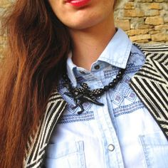 kawaii funny  necklace dinosaurs black  fusabijoux, collana nera dinosauro Pepe Jeans London total look outfit denim #pepejeans #girl  #poser #fashionblogger #denim #fashion #outfit #style #easy #chic #ootd #cool #fashionblog #fashiolista #jeans #streetstyle  @PashionVictim.com @Fusa Bijoux #necklace #kawaii #jewelry #bijoux