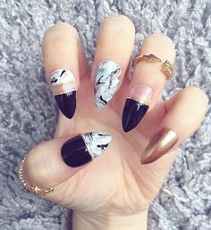 Monochrome Rose Gold Marble False Nails