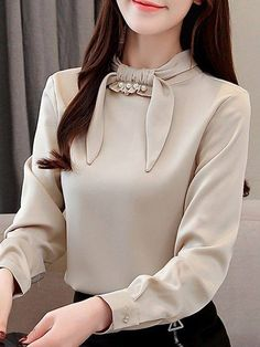 Women's Blouse Casual Bow Shirt Sleeve Top - Women's style: Patterns of sustainability Blouse Styles, Blouse Designs, Skirt Fashion, Fashion Outfits, Ladies Fashion, Bow Shirts, Sleeves Designs For Dresses, Stylish Dresses, Types Of Sleeves