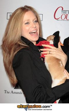 kristin bauer- talented actress and animal rights activist