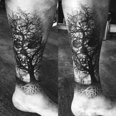 Dark Tattoos For Men, Simple Tattoos For Guys, Cross Tattoos For Women, Bull Tattoos, Leg Tattoos, Sleeve Tattoos, Octopus Tattoos, Tattoo Ink, Sketch Tattoo Design