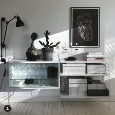 #stringshelfie of the day by @instakodit #classic#scandinavian#stringshelf#stringshelves#modularsystem#shelvingsystem#madeinsweden #北欧デザイン… Bookcase Shelves, Storage Shelves, String System, Shelving Systems, Work Desk, Storage Design, Shelfie, Tv Unit, Timeless Design