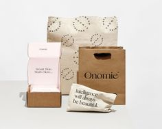 http://www.homework.dk/clients/onomie-beauty/ecommerce-packaging/...