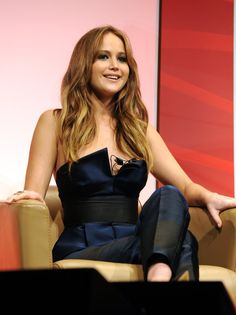 Pin for Later: Jennifer Lawrence Makes It Look Like No Time Has Passed at All — Even Though It's Been 8 Years! Jennifer Lawrence Quotes, Jennifer Lawrence Hair, Beautiful Celebrities, Beautiful Actresses, Gorgeous Women, Amazing Women, Jennefer Lawrence, Girl Crushes, Woman Crush