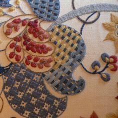 Levens Hall Pillowe. - Crewelwork technique. -- website for historic British needlework with kits for sale