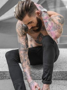 Really hot bearded men — beardmodel:    Chris Perceval - Sight Management...
