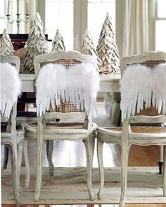 Tafel dekken stoelen 5