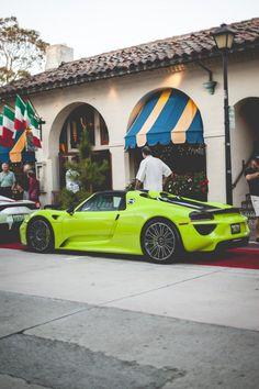 Porsche 918 Spyder Acid Green