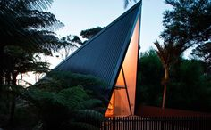 This simple holiday home propels back-to-basics on Auckland's Waiheke Island by Chris Tate