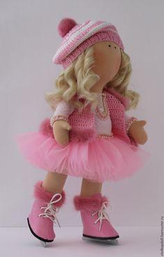 """Купить Авторская кукла """"Фигуристка"""" - розовый, интерьерная кукла, кукла в подарок, авторская работа"""