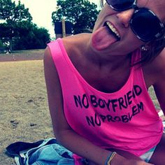 4 Reasons Why You've Never Had a Boyfriend (& Why That's Totally Okay!)