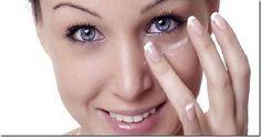 Cura pela Natureza.com.br: Ela passa bicarbonato debaixo dos olhos; quando você souber por quê, vai querer fazer o mesmo!