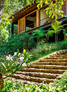 12 Amazing Tropical Houses That Will Leave You Breathless House In Nature, House In The Woods, My House, Tropical Houses, Tropical Garden, My Dream Home, Exterior Design, Future House, Beautiful Homes
