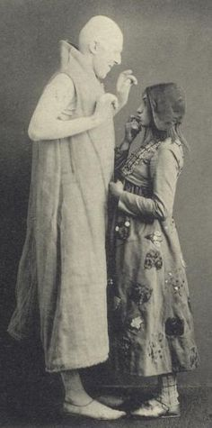 Apollo Gorin (as Sugar) & Alisa Koonen (Mytyl)  in The Blue Bird, Moscow Art Theatre, 1908