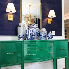 Vintage, glossy furniture inspo via Diy Furniture Projects, Furniture Makeover, Furniture Refinishing, Green Painted Furniture, Narrow Living Room, Living Room Furniture Arrangement, Interior Decorating, Interior Design, Transitional Decor