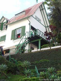 Petrópolis RJ .casa de Santos Dumont... detalhe escada diferenciada.