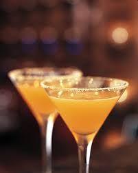 Aubrey Logan Sidecar Juice of half a lemon, watermelon juice, VanDyck Gin, Cointreau Shake and pour into a martini glass.  Slice of orange, 50 ml VanDyck gin, 25 ml Cointreau,   40 ml watermeloen fresh juice, 25 ml limoen juice, 15 ml mint sirup