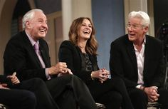 Julia Roberts, Richard Gere re-create iconic 'Pretty Woman' scenes during 25th reunion