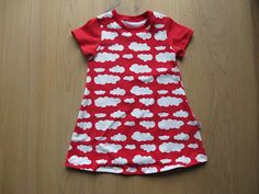 Kids Clothing Jersey dress Anna Freebook Anna gallery Kids ClothingSource : Jerseykleid Anna Freebook Anna Galerie by uphpff Sewing Patterns For Kids, Sewing Projects For Kids, Sewing For Kids, Baby Sewing, Clothing Patterns, Crochet Patterns, Kids Clothes Storage, Kids Clothes Organization, Sewing Kids Clothes