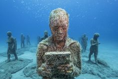 Discover Museo Atlántico in Playa Blanca, Spain: A completely underwater art museum sends a stark message about humans' impact on the environment. Underwater Art, Spanish Islands, Best Snorkeling, What Lies Beneath, World Of Darkness, Atlas, Cancun Mexico, Ocean Art, People Around The World