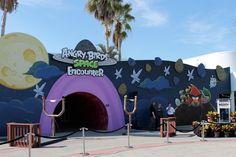 Uma atração dedicada aos famosos pássaros de Angry Birds chegou ao Kennedy Space Center. A área com aproximadamente 420 metros quadrados abriga 6 divertidos jogos para todas as idades. #KennedySpaceCentre