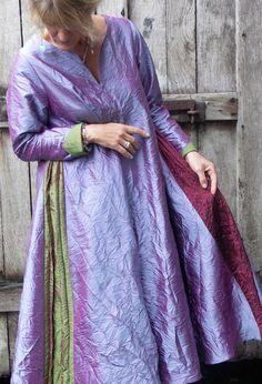 Flare dress in crushed silk.