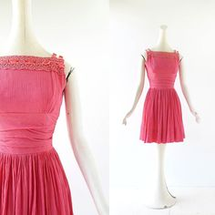 new! 1950s salmon pink Jonathan Logan dress with lace and velvet trim XXS XS by smallearthvintage