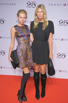 Alexandra Richards and her older sister Theodora #hungonu #lotd #ootd #redcarpetstyle #stylewatch #crossbodybags #alexandrarichards #theodorarichards
